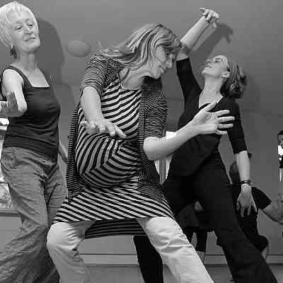 Tanzimprovisation für Erwachsene 10 Abende @ Tanzpunkt Gommern